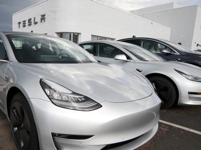 Un accident mortel du modèle 3 de Tesla en Floride entraîne des enquêtes par des agences fédérales