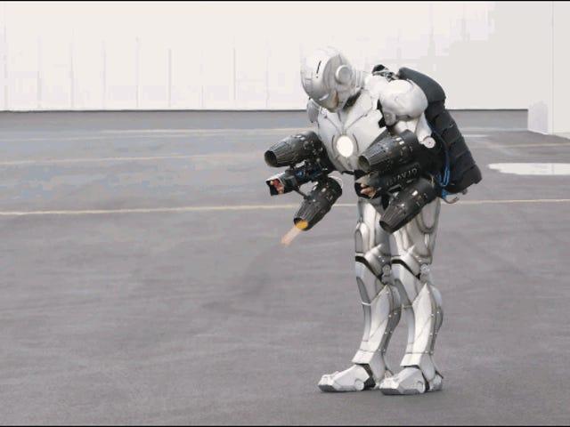 Adam Savage construye un alucinante traje real de Iron Man que puede volar