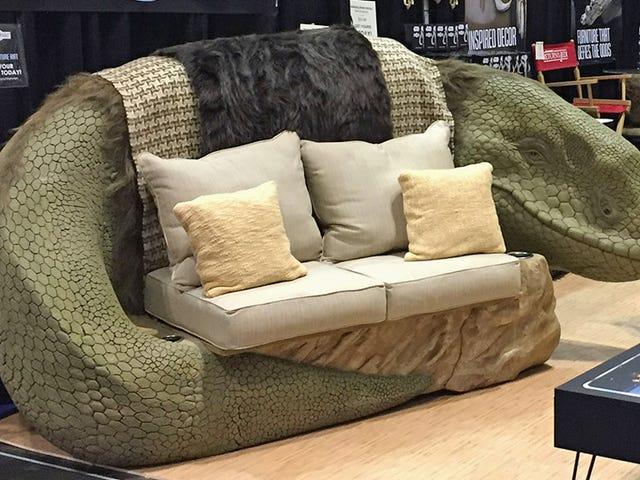 Intet er mere romantisk end at snuggle på en <i>Star Wars</i> Dewback Sofa