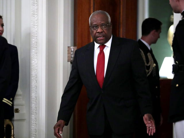 Clarence Thomas Proves That He's Still Alive and Willing to Do Trump's Dirty Work