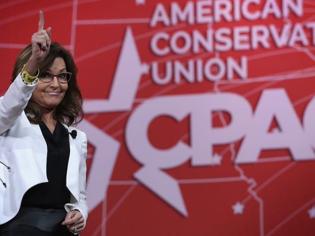 Ted Cruz Is Deeply Afraid That Trump Might Land Coveted Sarah Palin Endorsement