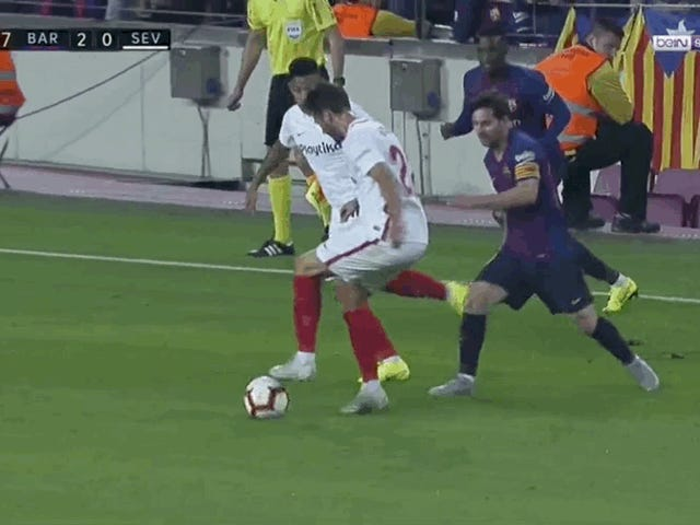 Lionel Messi Taken Off After Painful Arm Injury Against Sevilla