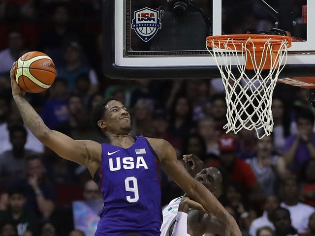 Team USA Did Some Cool Dunks Tonight