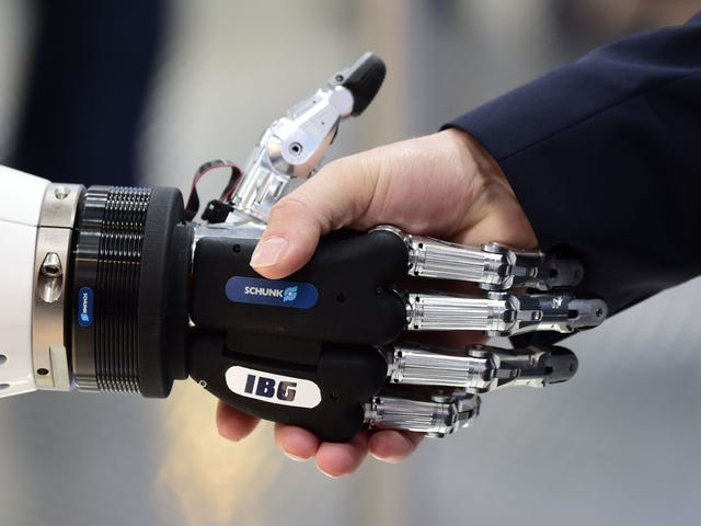 "<a href=https://news.avclub.com/today-in-no-actually-fuck-this-creepy-robot-finger-1829567968&xid=17259,15700021,15700124,15700149,15700186,15700190,15700201,15700237,15700242 data-id="""" onclick=""window.ga('send', 'event', 'Permalink page click', 'Permalink page click - post header', 'standard');"">I dag i ""Nei, faktisk, knulle dette"": Skumle robotfinger som lar telefonen krype rundt og berøre deg</a>"