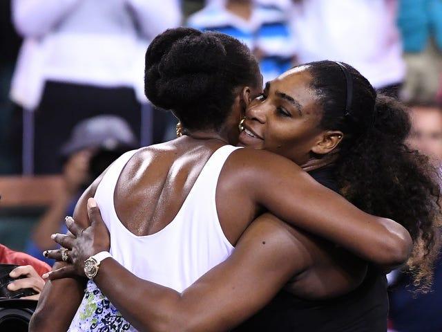 Venus Williams Beats Serena 6-3, 6-4 At Indian Wells
