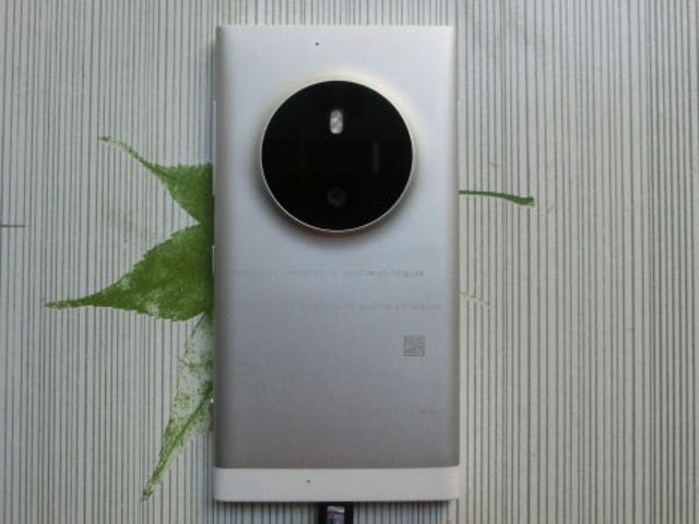 Leaked Images Show What Could've Been a Lumia 1020 Successor