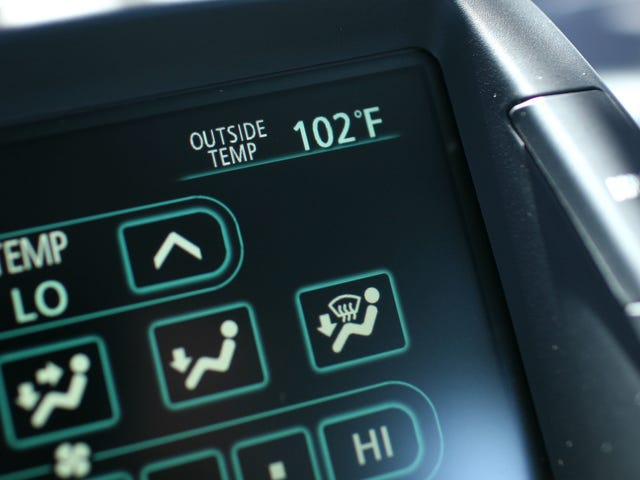 Why Your Car Thermometer Is So Bad at Telling the Temperature
