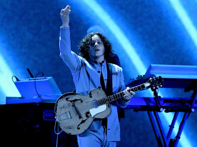 """<a href=""""https://news.avclub.com/a-star-is-born-couldve-starred-jack-white-almost-featu-1830415445"""" data-id="""""""" onClick=""""window.ga('send', 'event', 'Permalink page click', 'Permalink page click - post header', 'standard');""""><i>A Star Is Born </i>could&#39;ve starred Jack White, almost featured a whole different bummer ending<em></em></a>"""