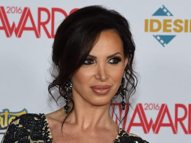 Porn Actress Nikki Benz Sues MindGeek, Brazzers, Co-Stars for Sexual Battery, Gender Violence