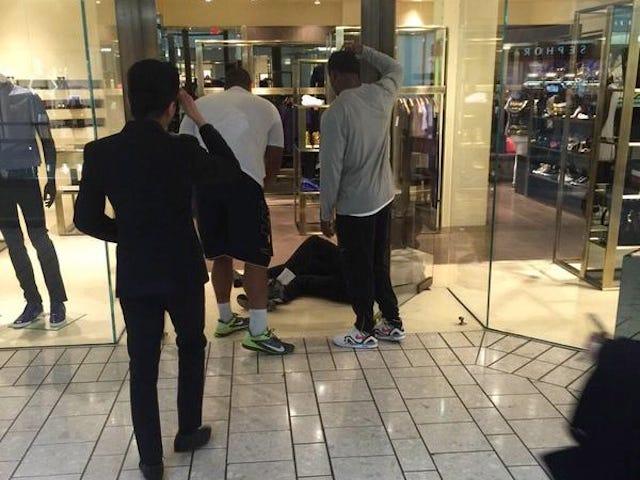 Jonathan Martin dit qu'il a écrasé un voleur au magasin Versace