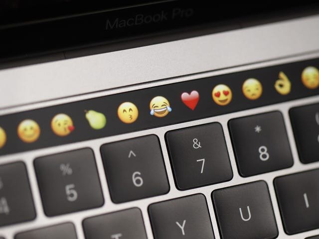 Apple Slapped With Class Action Lawsuit Over Faulty MacBook Pro Keyboards