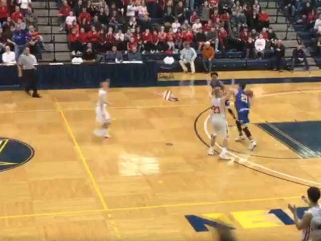 High School Title Game Ends With Insane Game-Winning Hail Mary Buzzer-Beater