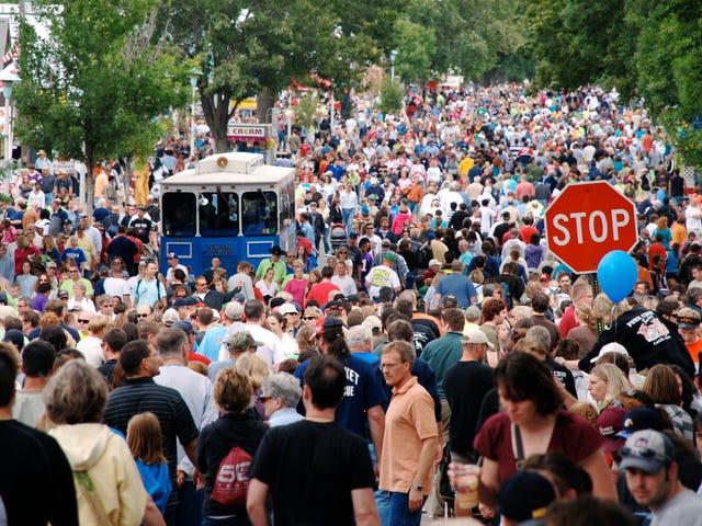 Przygotuj plan bezpieczeństwa zanim wpadniesz w panikę w tłumie
