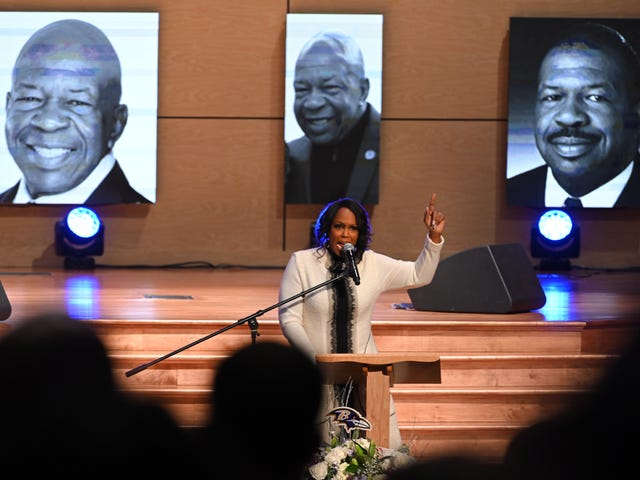 Maya Rockeymoore Cummings, 늦은 남편의 의회 의석 출마 발표
