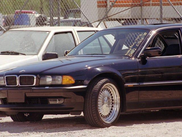 당신은 BMW 7 시리즈 투팍을 단지 $ 150 만에 넣을 수 있었다.