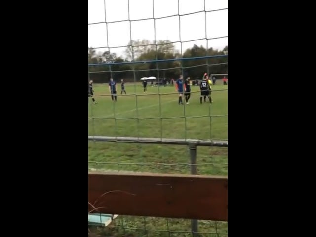 German Sunday League Player Knocks Referee Out Cold After Receiving Red Card
