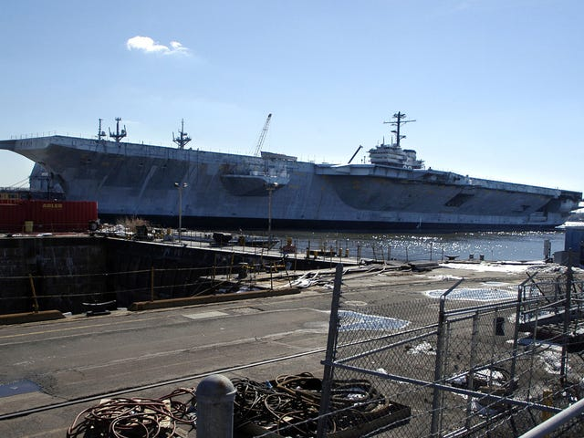 Navy Yard Worker får 6 månader för att ljuga om att vara en vit nationalist