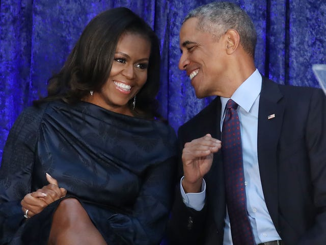 Barack and Michelle Obama Celebrate 26th Wedding Anniversary