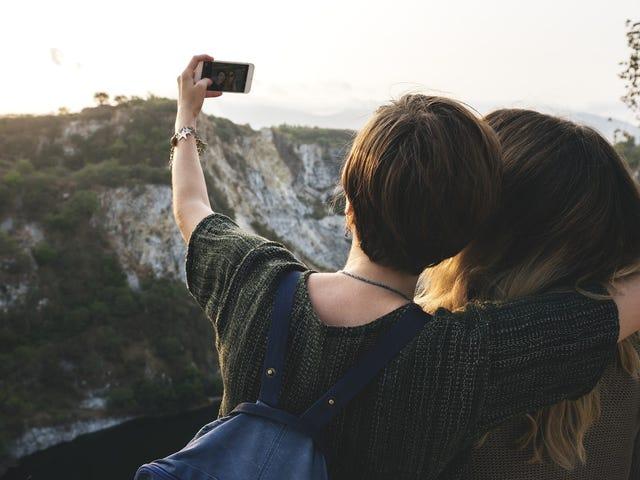 Obtén un año de vuelos gratis para borrar tus fotos de Instagram