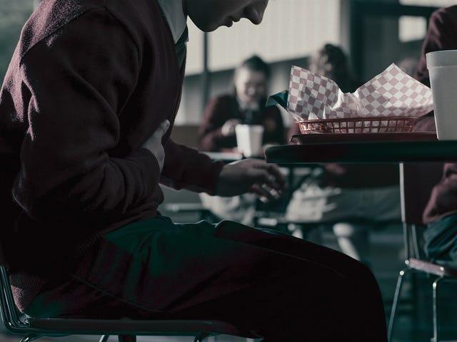 American Vandal выпускает из Дикс в какашку на его премьере 2-го сезона