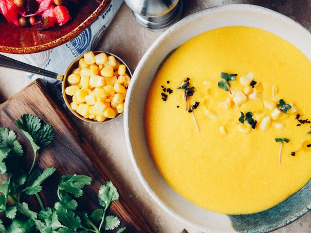 如何在不产生巨大混乱的情况下分离玉米仁