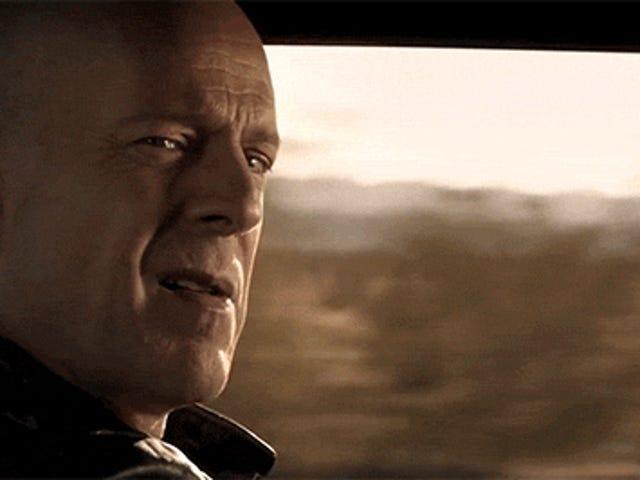 Lyhytelokuva Brilliantly editoi yhdessä kohtauksia 53: sta elokuvasta, jotka osoittavat, että ihmiset yrittävät tappaa Bruce Willisin