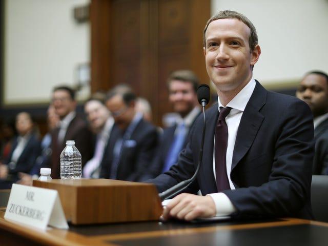 Guardiamo tutti Mark Zuckerberg essere ripetutamente umiliato dalle Progressive Women of Congress