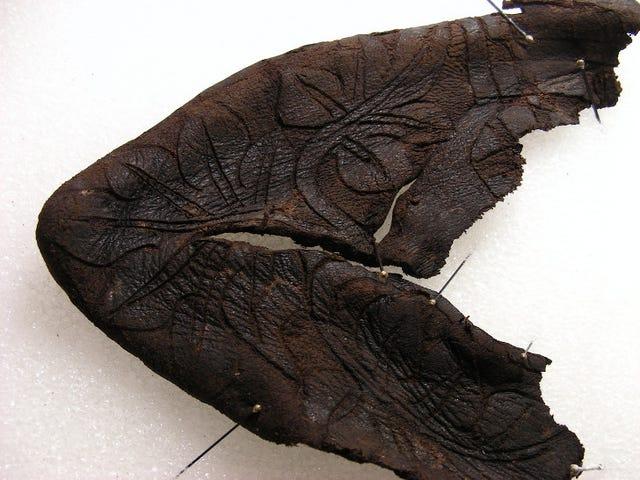 Baby Bootie raro del 14 ° secolo scoperto in Svizzera
