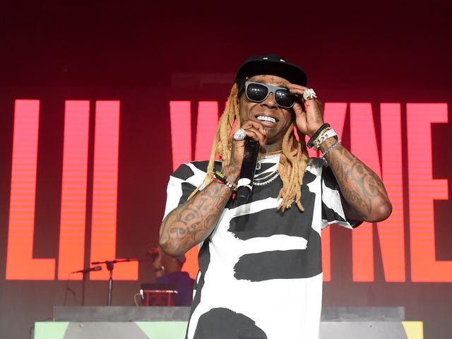 Federal Agents Find Guns and Drugs on Lil Wayne's Plane