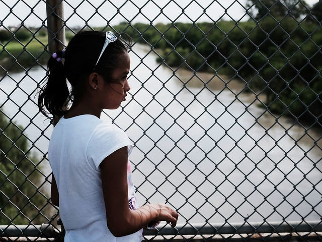 Your Regular Reminder That the Trump Administration is Still Treating Immigrant Families Like Shit