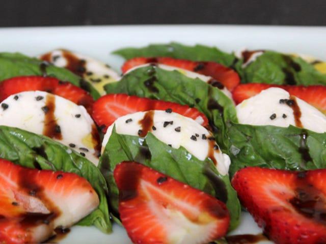 Mẹo thử: Bạn có thể thay thế dâu tây cho cà chua khi nấu ăn không?