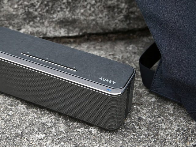 This $26 Bluetooth Speaker Is Louder Than It Looks