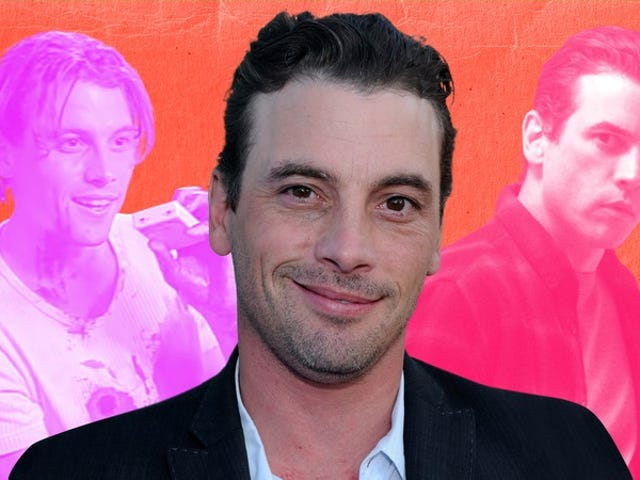 """<a href=https://tv.avclub.com/skeet-ulrich-talks-about-riverdale-scream-and-the-onl-1798264605&xid=17259,15700022,15700186,15700191,15700253,15700255,15700259 data-id="""""""" onclick=""""window.ga('send', 'event', 'Permalink page click', 'Permalink page click - post header', 'standard');"""">Skeet Ulrichが<i>Riverdale</i> 、 <i>Scream,</i>そして彼が解雇された唯一の時について語った。</a>"""