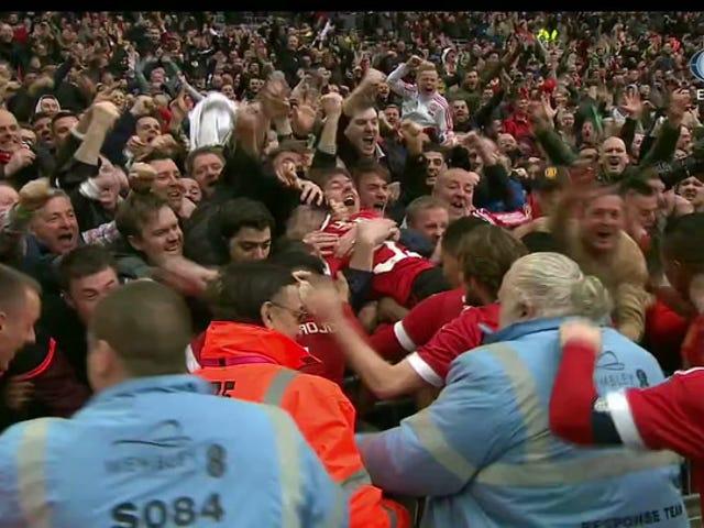 Manchester United llega a la final de la Copa FA con un gol de 93 minutos