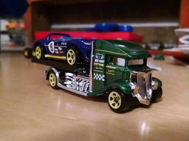 Mini Hawl: Race car and tow truck