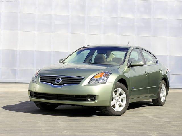 Forgotten Cars: Nissan Altima Hybrid