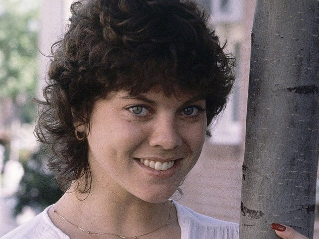 Erin Moran, Who Played Joanie Cunningham on Happy Days, Is Dead at 56
