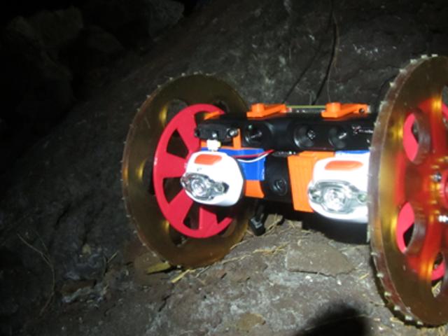 NASAは火山の中を探検するためにこの小さなボットを送っています
