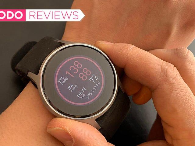 Đồng hồ thông minh đầu tiên đọc được huyết áp của bạn là một Marvel xấu xí