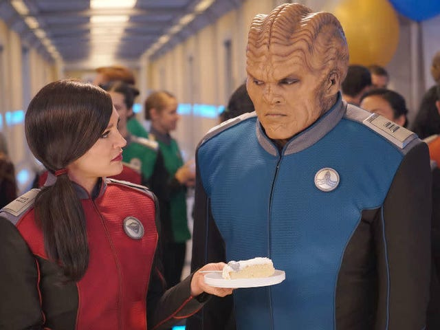 5 Things We'd Like to See From The Orville Season 3 (Also: Hey Fox, Please Renew The Orville!)