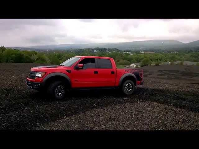 Nailing Ang 'Donut Around Camera Person' Sa Isang Ford Raptor