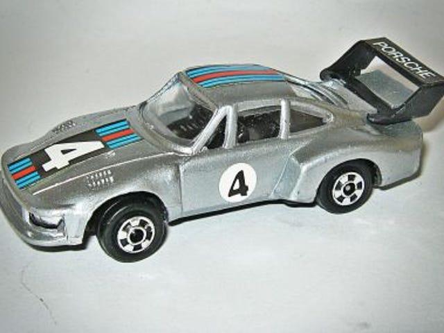 Rennsport Reunion: Zylmex Porsche 935 Turbo Martini
