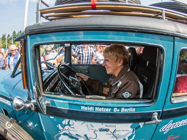 Heidi Hetzer, Racer Who Circumnavigated the Globe in a 1930 Hudson at Age 74, Dies