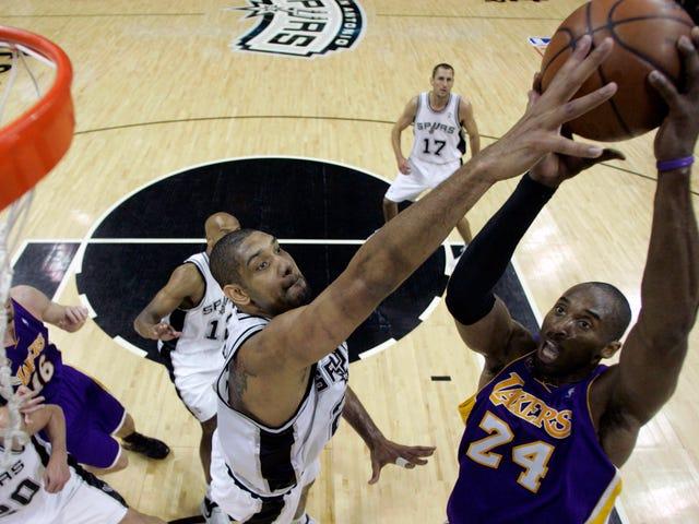 Ai là cầu thủ hay nhất thực tế tại NBA mỗi năm trong suốt sự nghiệp của Kobe Bryant?