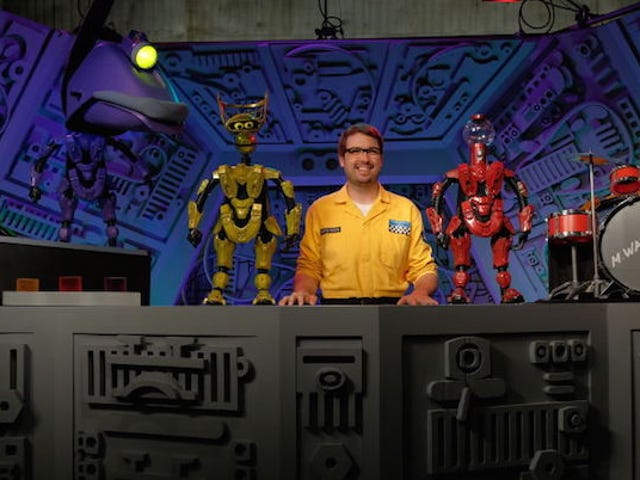 Spoilers for the new season of MST3K (Updated)