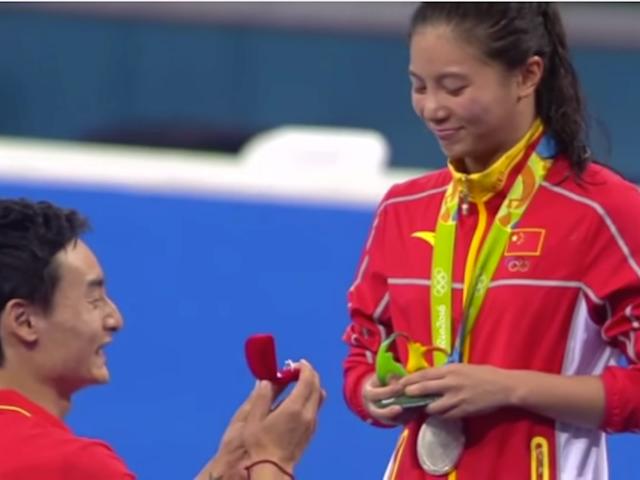 """Der Freund der Silbermedaillengewinner schlägt vor, BBC nennt es """"einen noch größeren Preis"""""""