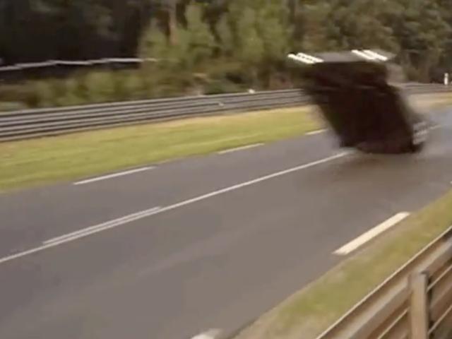 Narito Eksakto Bakit Mercedes Infamously Binaligtad Tatlong Times sa Le Mans