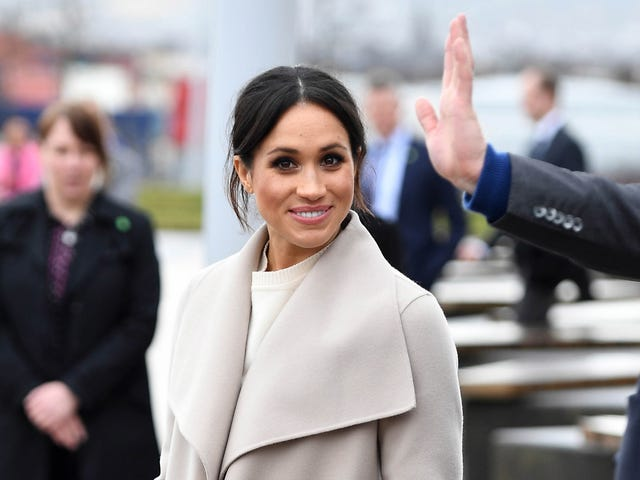 Saturday Night Social: Gather Round for the Tale of the Meghan Markle Spaghetti Affair of '16