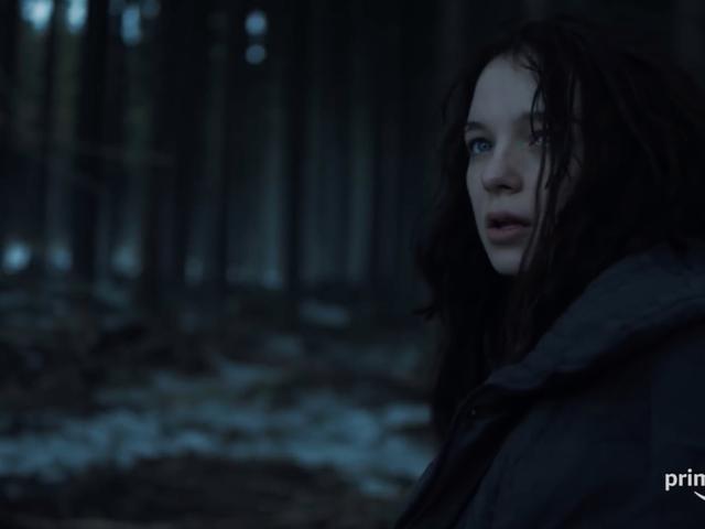 El primer trailer de <i>Hanna</i> Amazon es una introducción brutal a su oscura infancia