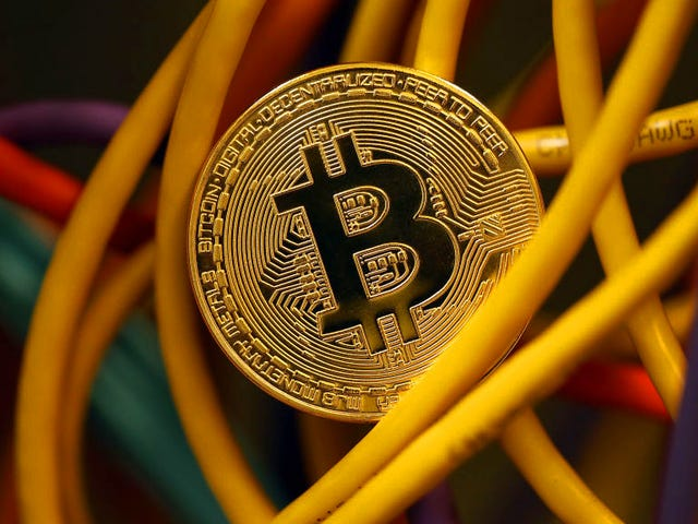 Indian Teen Wanted FBI to Recover Stolen Bitcoin, So He Threatened to Blow Up Miami Airport: Reports
